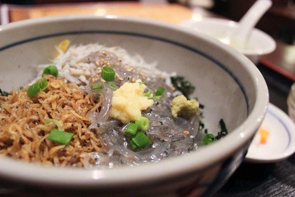 新荘園 鎌倉店三食しらす丼 (4)